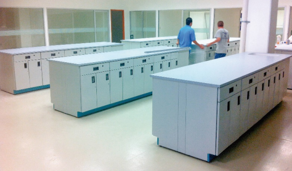Mesa Isla laboratorio resina epoxica